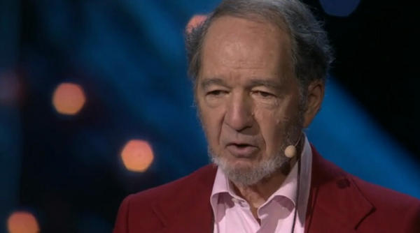 Jared Diamond on the TED stage in 2013