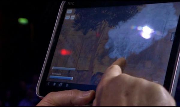 Maurizio Seracini using a tablet