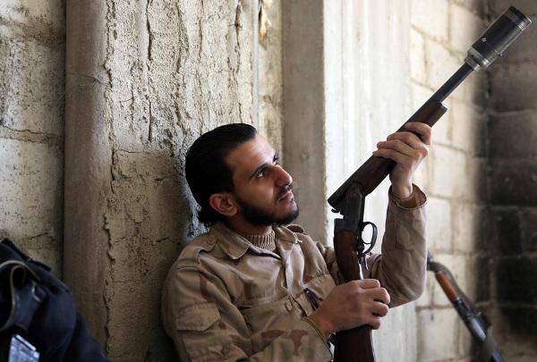 Arme improvisée, rebelle Syrien